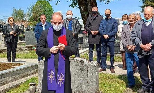 SENJSKE ŽRTVE – Obilježena 84. godišnjica pogibije mladih Gospićana u Senju